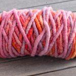 rug-yarn-orange-pink-lrg